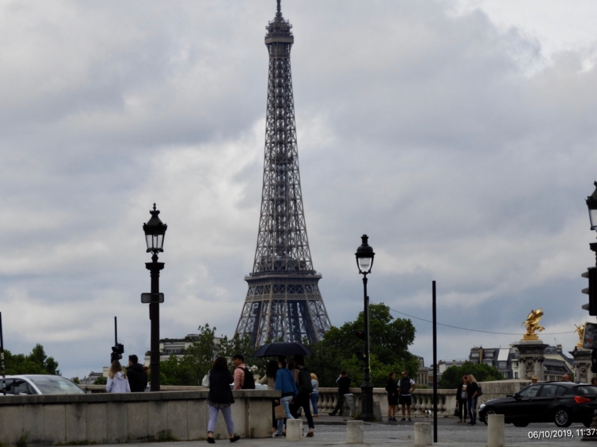 Our Free Day inParis